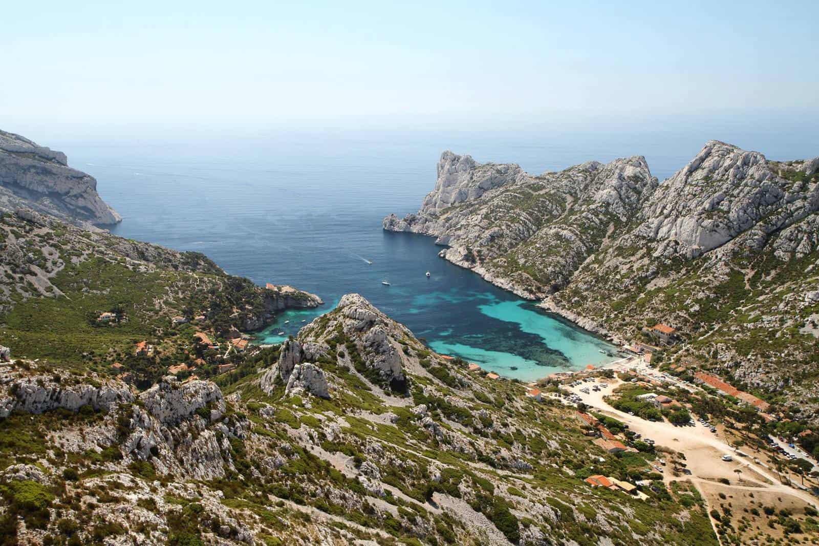 Comment aller jusqu'à la calanque de Sormiou ? | Made in Marseille