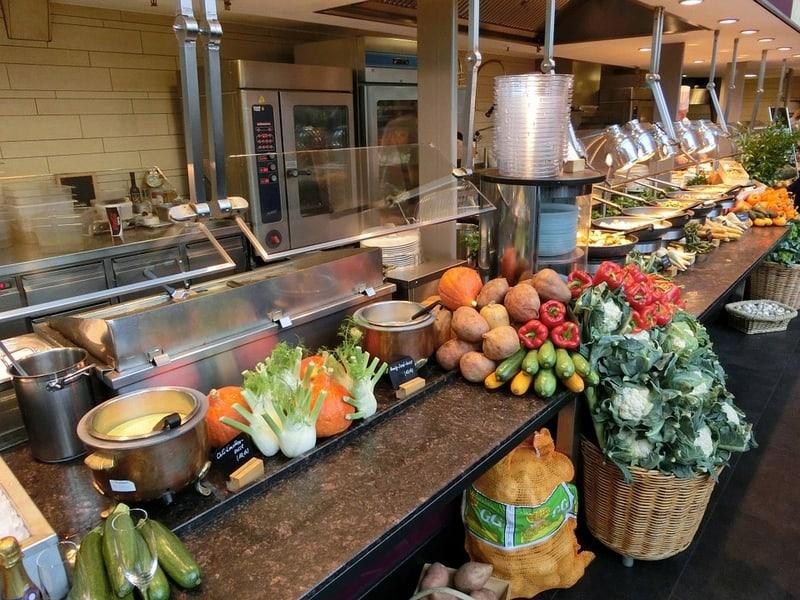 cantines, Enquête – Peut-on servir des repas 100% bio dans toutes les cantines de la Région PACA ?, Made in Marseille