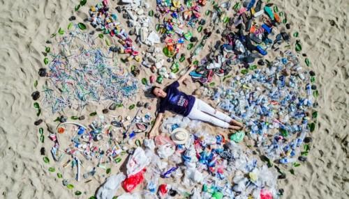 , Avec « Océan plastique », Nelly Pons plonge dans les profondeurs d'un fléau planétaire, Made in Marseille
