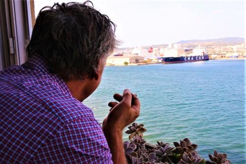 , Un artiste vit depuis 25 ans sur la Digue du Large !, Made in Marseille