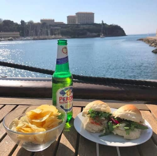 , Le bar sur la mer, nouveau spot pour des apéros au coucher de soleil, Made in Marseille