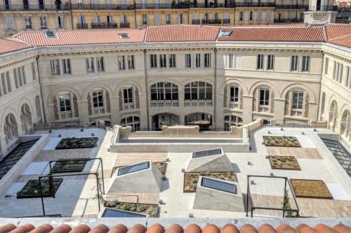 , La Poste Colbert se dévoile après une rénovation en profondeur, Made in Marseille